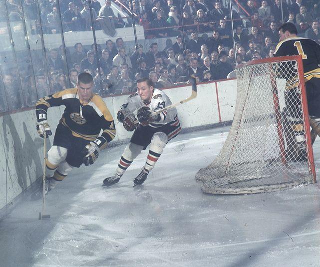 Boston Bruins defenseman Bobby Orr skates against the Blackhawks (1967)