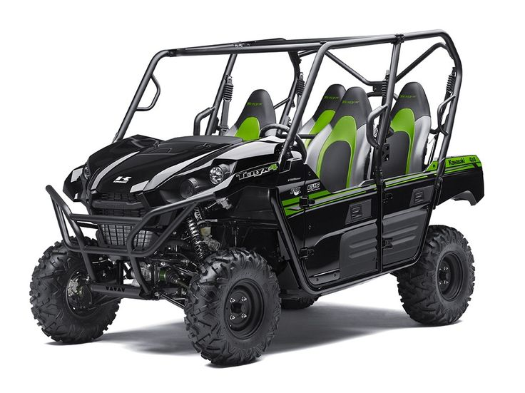 I love the green seats in this UTV. This looks like it