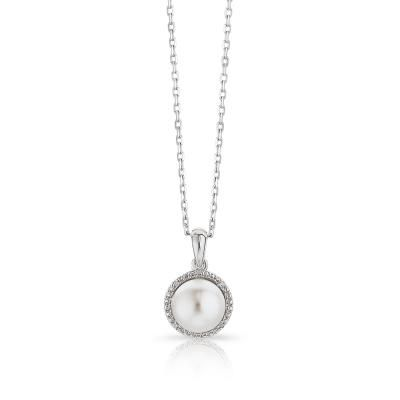 Lee Michaels Fine Jewelry | Pearl & Diamond Necklace would make a nice gift for the girlfriend ;) hint hint!