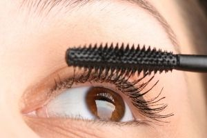 Eyelashes Extensions in Santa Ana, CA - https://twitter.com/YourLongLashes/status/724317188182577152