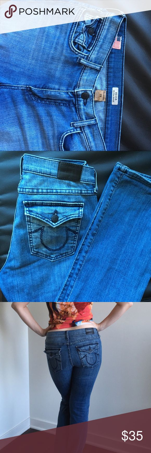 🔥Sale🔥True religion jeans Becca mid rise bootcut , light blue . Perfect for summer and shows your curve the most. Size 28. Made in USA. In excellent condition. True Religion Jeans Boot Cut