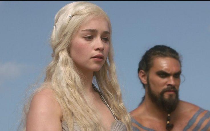 Las mujeres actriz juego de tronos una canción de la serie de televisión fuego hielo y Khal Drogo Emilia Clarke Jason Momoa fondo de pantalla