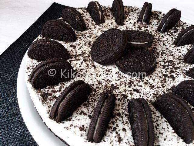 La torta oreo è una cheesecake senza cottura realizzata con i famosi biscotti americani Oreo. E' un dolce tipico americano: Oreo dream pie.