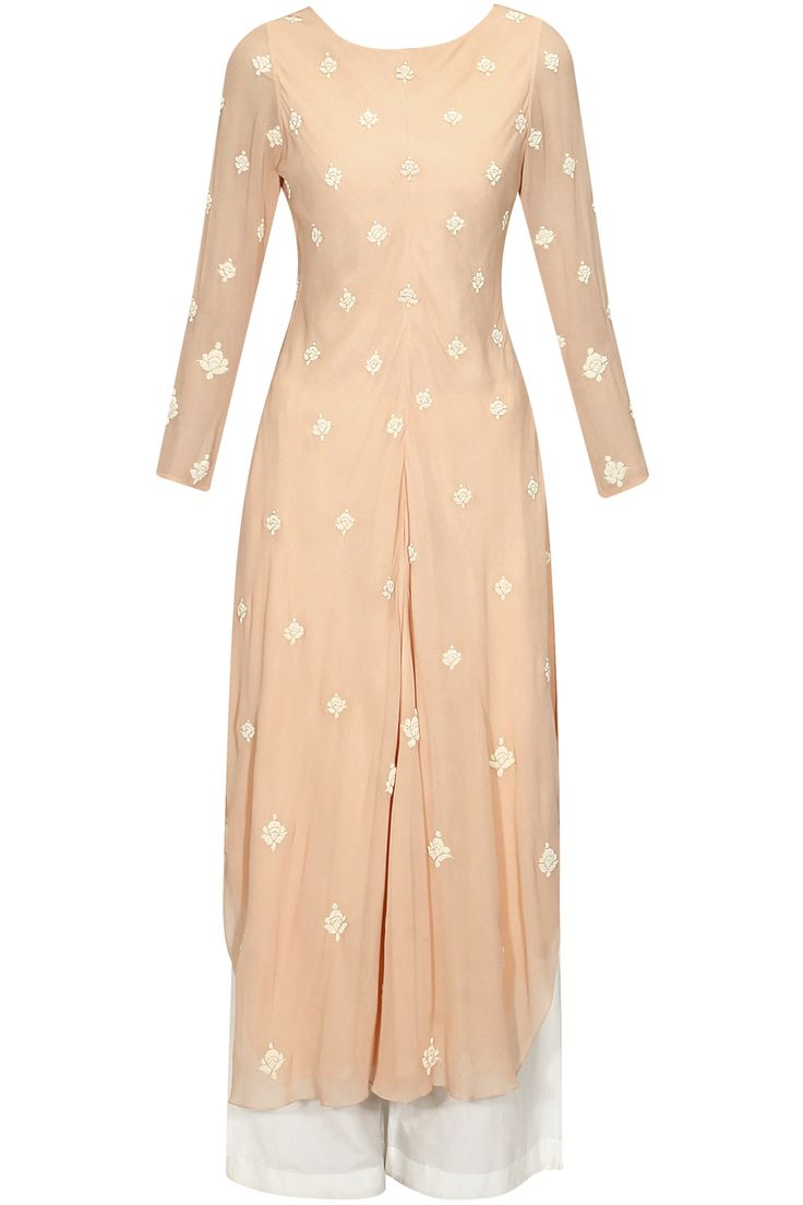 Peach floral pearl embroidered kaftan kurta and pants set available only at Pernia's Pop Up Shop..#perniaspopupshop #shopnow #clothing#festive #newcollection #ZORAYA#happyshopping