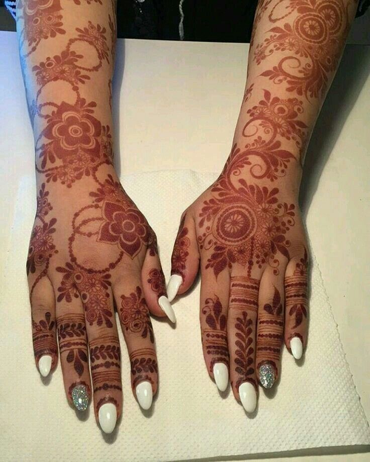 18e0a0d2f7e56 Pin by Amal Mohd on Henna Dpz