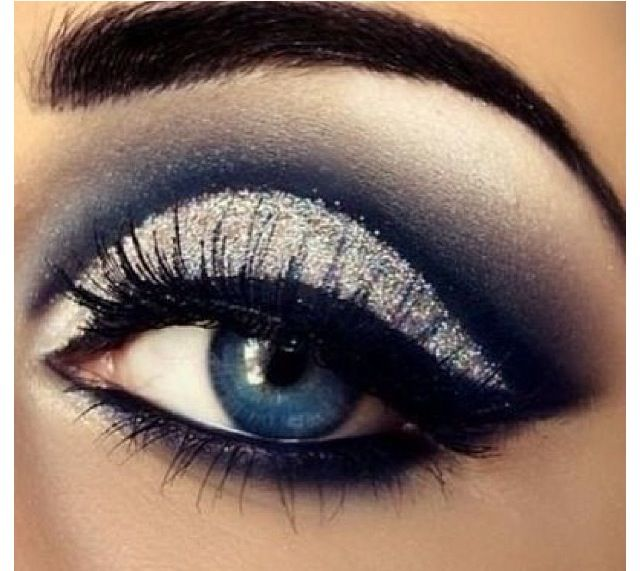dramatic silver eye makeup