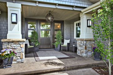 Lovely entry to a ranch. Like it all...Rockwood Custom Homes, General Contractors