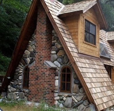 About Face - A-Frame House - Bob Vila. LOVE THIS ONE!!!!