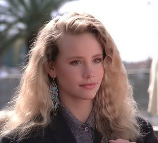 Amanda Peterson (Can´t buy me love)