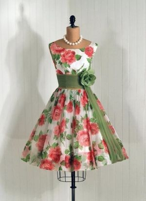 1950's Vintage Dress #fashion #dress #vintage by imogene... I LOVE A-LINE DRESSES!