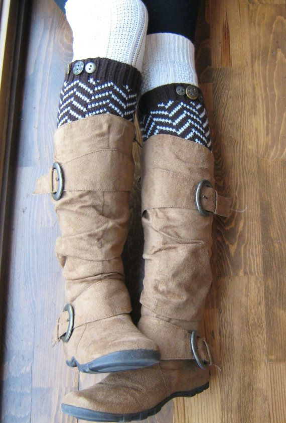 Chevron Crest : BROWN Chevron Leg warmers with assorted antique gold metal buttons (item no. 1-3). $26.00, via Etsy. I love these!!
