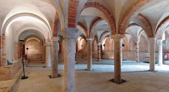 The crypt of San Giovanni in Conca - blog at medmeanderings.com