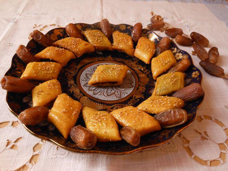 cucina maqrudh (biscotto con ripieno di datteri) مقروض 8 gennaio 2015 By Michela 0 43
