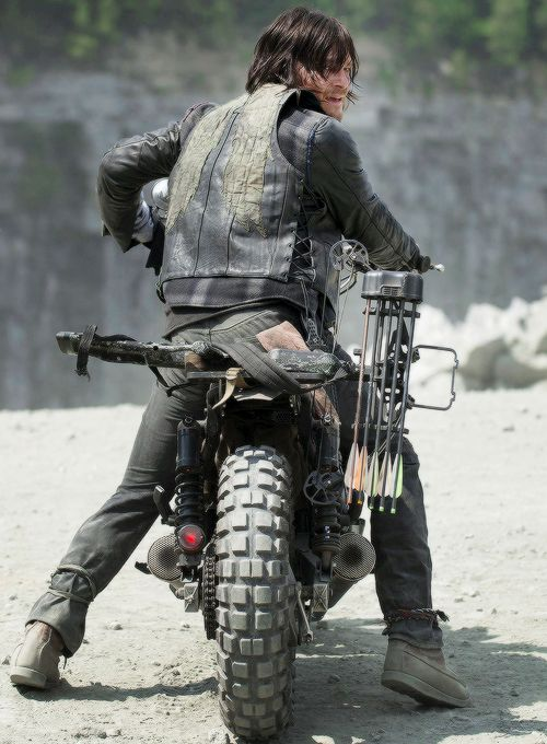 Dary Dixon in The Walking Dead Season 6 Episode 1