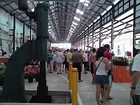 Eveleigh Farmers' Market is housed in the renovated railway workshop at the heritage listed Eveleigh Railyards. The market has 70+ stalls selling a large range of seasonal fresh and value-added produce including organic, bio-dynamic foods from farmers and artisan food producers from all over NSW.