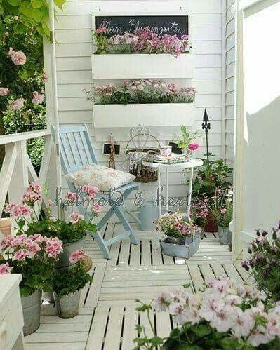 Deco exterior a collection of other ideas to try raised beds minis and succulents - Garden in small space collection ...