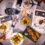 «Ελληνικό Καφενείο». Αρχοντιά, γευστική απογείωση και φιλοζωία στην Ερμούπολη