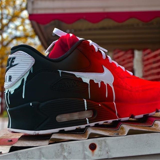 NIKE AIR MAX 90 Essential Burgundy Red UK Size 10 Rare