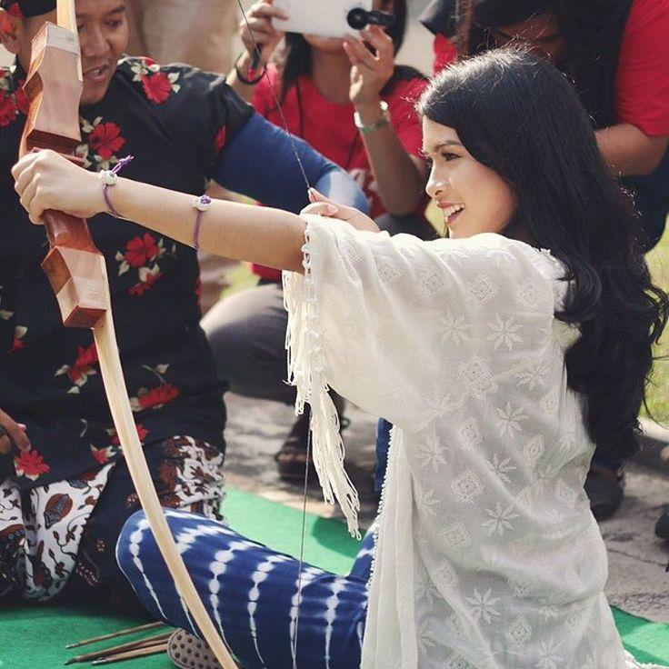 Maudy Ayunda - Goddess with a bow