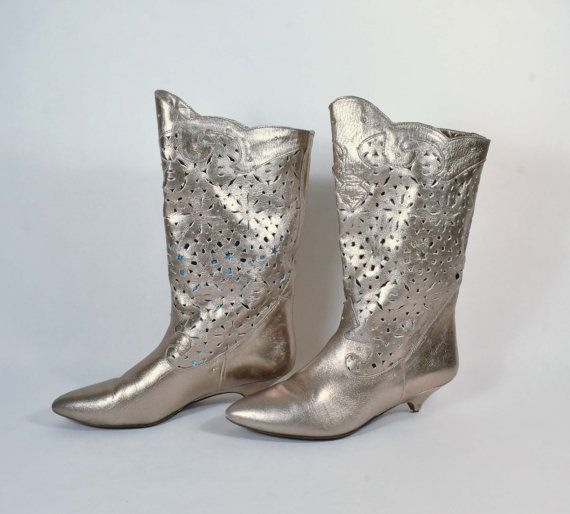 Vintage 80s Silver Leather Cut Out Metal Studded Punk Rocker Boots/Grunge Club Kid Raver Kitten Heel Boots SZ 7 1/2