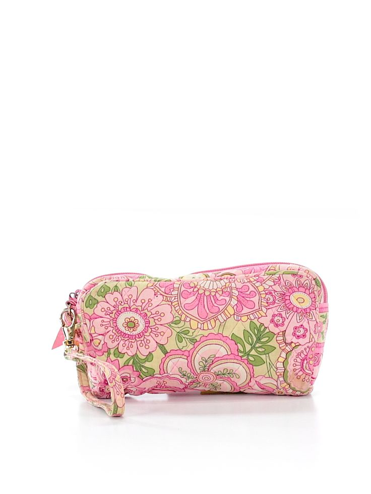 Check it out—Vera Bradley Wristlet for $23.99 at thredUP!