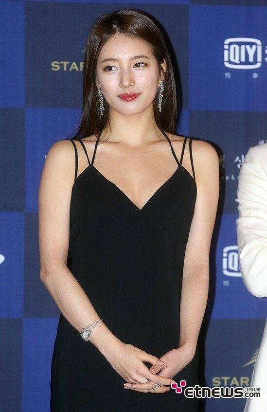 Suzy @Baeksang Awards #GODDESS