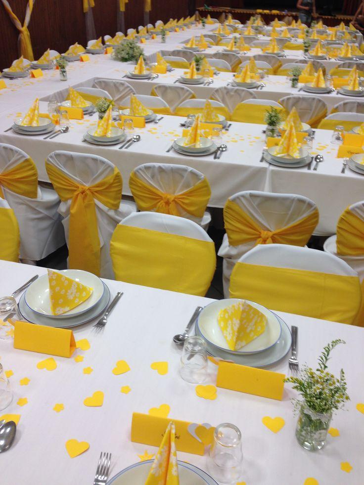 sárga esküvői dekoráció
