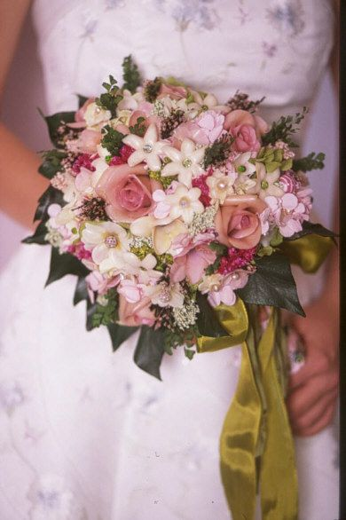 Another version of the Innocence bouquet made in shades of pinks.