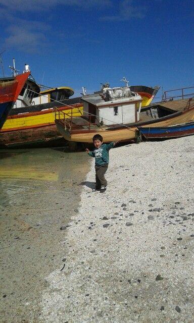 Calbuco llamada la  ciudad de las aguas azules. Ubicada en la decima región de los lagos a pocos km de Puerto Montt. Chile
