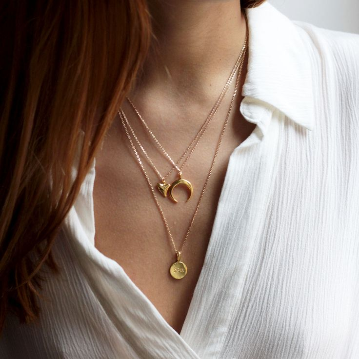 colliers plaqué or necklace corne lune moon dent de requin