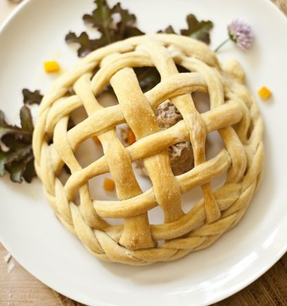 Similar to a bread bowl, only a basket! Turn a stainless steel bowl upside down, generously grease it to prevent the dough from sticking, create a basket weave with your dough strips around the bowl, and bake for about 25 minutes. These would make for great individual salad bowl servings, or filled with snacks for …