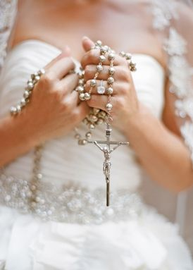 cultural, Rosary Beads, silver, mexican, sparkly, lace, ruffles, Summer, glamorous , gilded, snippets, bride, wedding, Zacatecas , Mexico