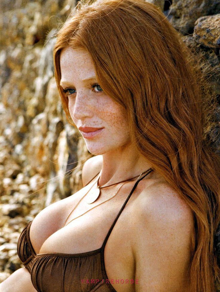That critics stunning redhead babe
