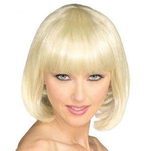 Perruque blonde courte sexy femme. http://www.baiskadreams.com/592-perruque-broadway-blonde-de-luxe.html