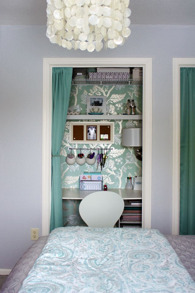 Gorgeous closet office. This is an interesting idea! If you have 2 closets in a room? Save room for other things! LOVE!