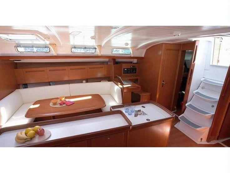 Beneteau Cyclades 50.4 Alquiler veleros Ibiza. Alquiler de barcos