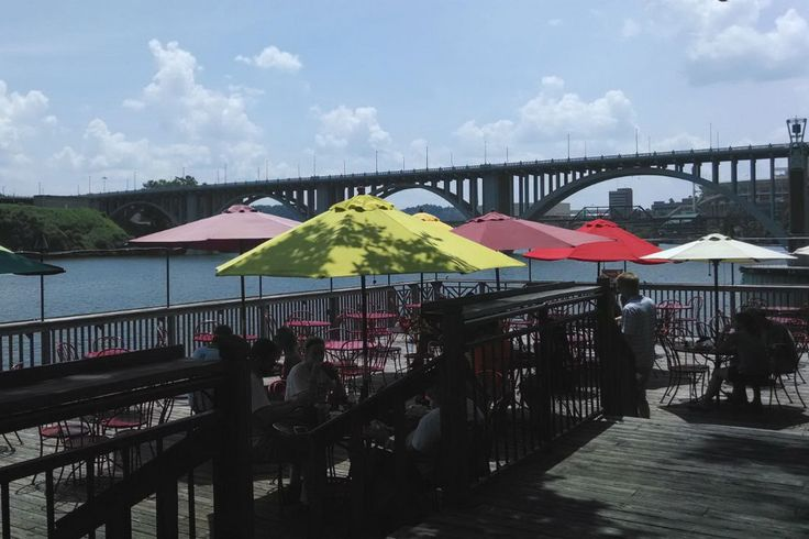 Calhoun's on the River Restaurants in Knoxville:  Read reviews written by 10Best experts and explore user ratings. Calhoun's on the River is just good eatin'. Popular with anyone associated with the university, it has also become a favorite for travelers to Knoxville. It is known for wood smoked barbecue that you can smell way before you see it and signature oysters. Several locations have opened in the south as word has gotten out about their barbecue ribs. Located right on the banks of…