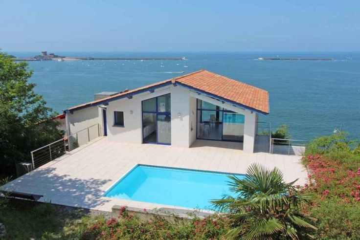 VENTE MAISON CONTEMPORAINE 5 PIECES 182 M2 VUE MER CIBOURE