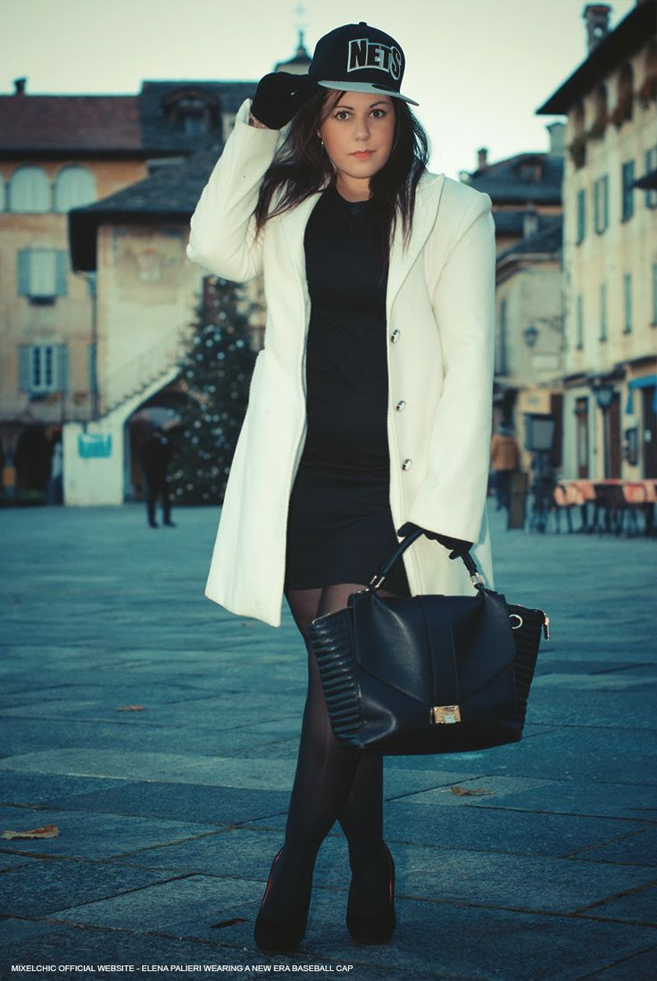 NEW POST - Un baseball cap abbinato a little black dress e cappotto chic: me lo potete perdonare? :-) http://www.mixelchic.it/2013/12/thats-what-new-era-baseball-cap-made-me.html#more