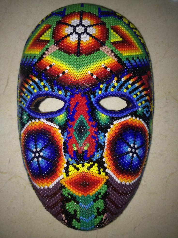 Máscaras Realzadas Forradas De Chaquira. Artesania Huichol ...