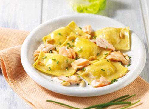 Ravioli di salmone ed erba cipollina - Ricetta
