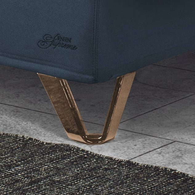 Triangle Copper legs for your Jensen bed
