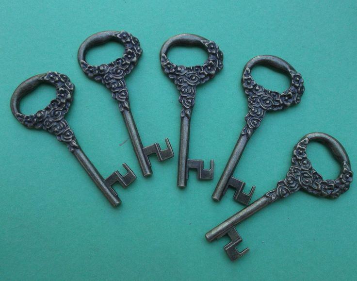 stunning key called vintage rose I sell these for weddings etc 1.10 a key http://stores.shop.ebay.com.au/KEYEDINKEYS