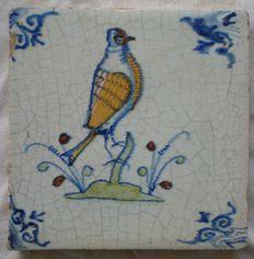 Antieke polychrome tegel Vogel Duif    ( Zeldzaam )