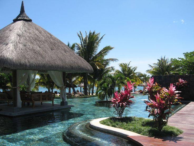 lux le morne, eco tourism mauritius, indian ocean, LUX* Le Morne eco-hotel, green hotels, eco-luxury resort http://www.jetradar.fr/flights/Reunion-RE/?marker=126022.viedereve