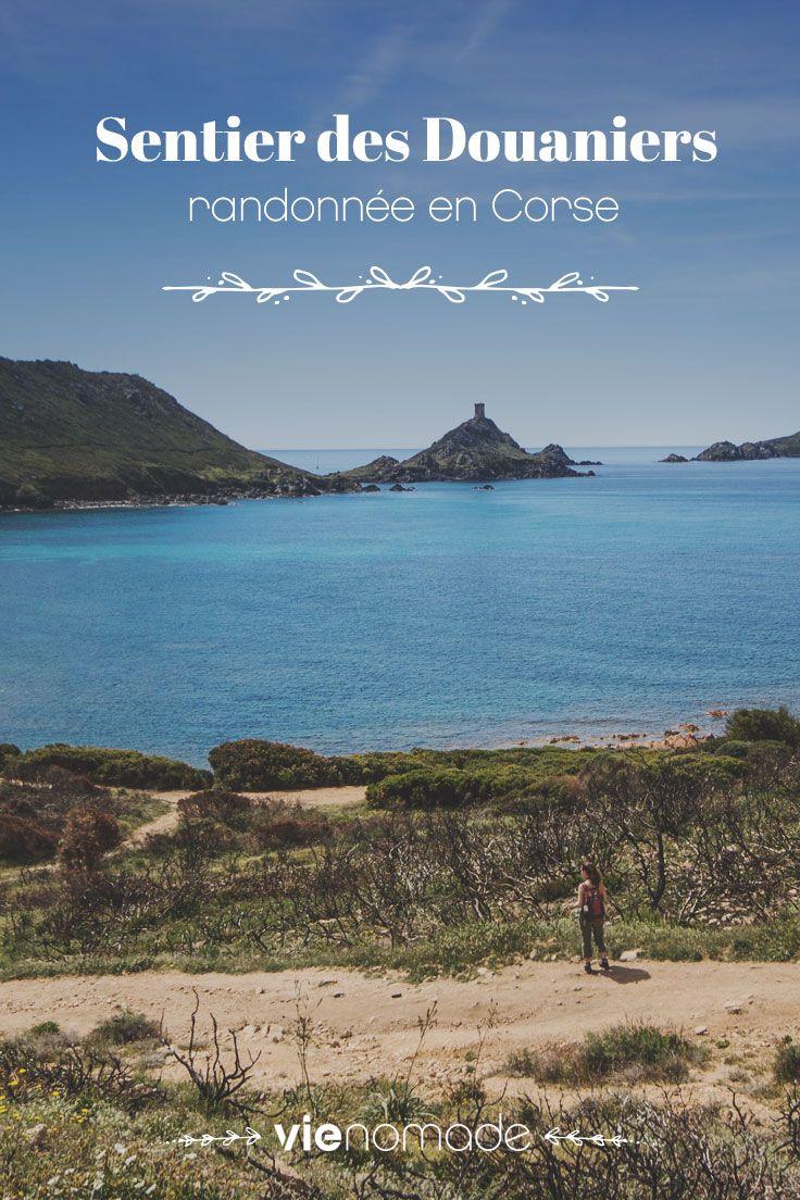 Randonnée en Corse sur le sentier des douaniers, près des îles sanguinaires