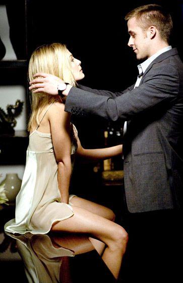Rosamund Pike & Ryan Gosling~Movie Fracture