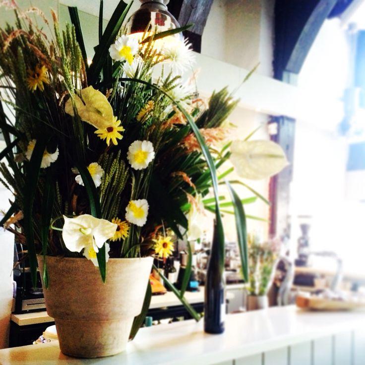 Wil je ook een nieuw bloemstuk? Kom langs BloomsStore Open van 9-5 oude veiling 79 E Zwaag
