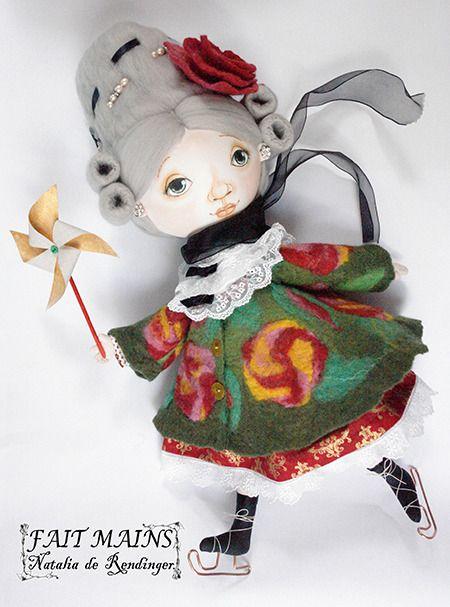 Poupée de chiffon, poupée en textiles apprêtés, poupée décorative, poupée d'artiste : Autres art par coffre-a-poupees