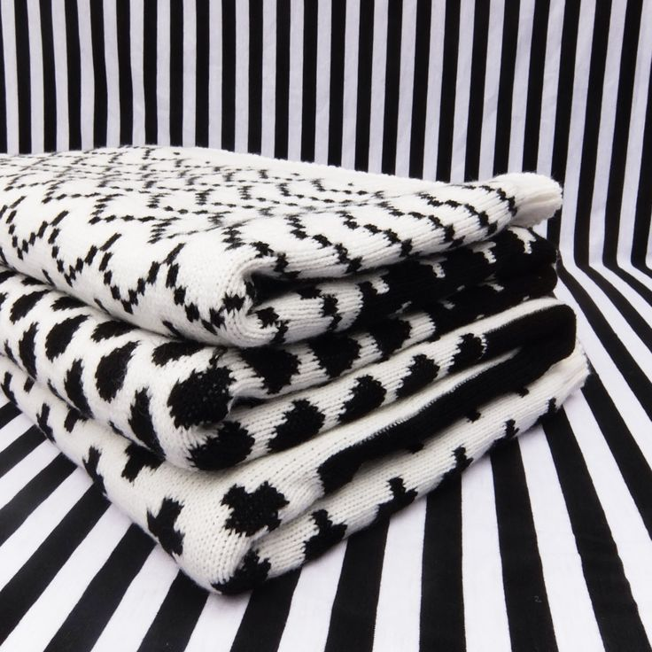 Black and White Knitted Blanket Throw
